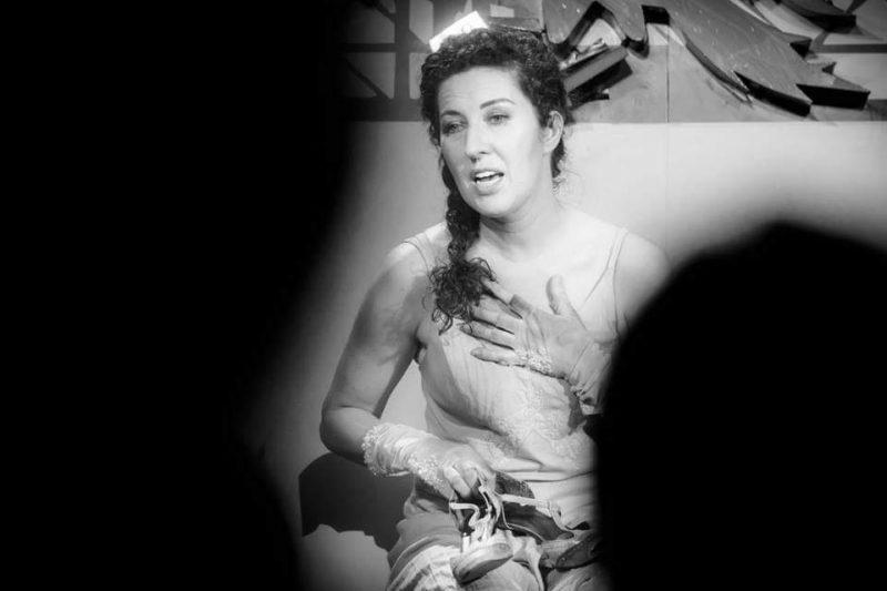 Marcela Motoc e Fata din Curcubeu